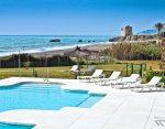 Apartments beach pool