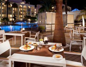 Hotel outdoor resturant