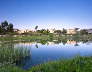 Villa lake